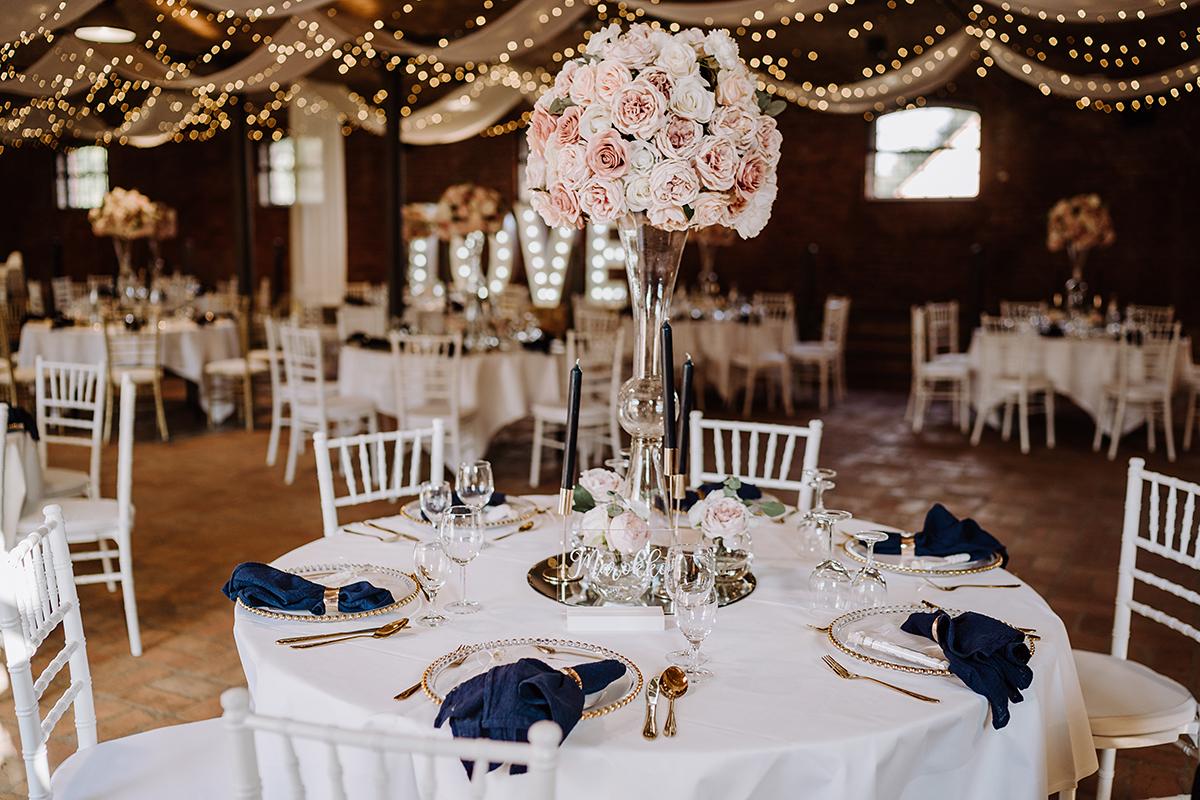 Landgut Stober Boho Hochzeit mit Alpaka von Hochzeitsfotografin Brandenburg © www.hochzeitslicht.de