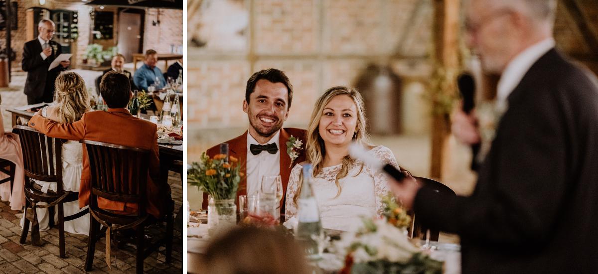 Hochzeitsreportage Scheunenhochzeit Spreewald Reden am Abend - Standesamt Weidendom und Spreewood Distillers DIY-Herbst-Hochzeit von Spreewald Hochzeitsfotografin aus Berlin © www.hochzeitslicht