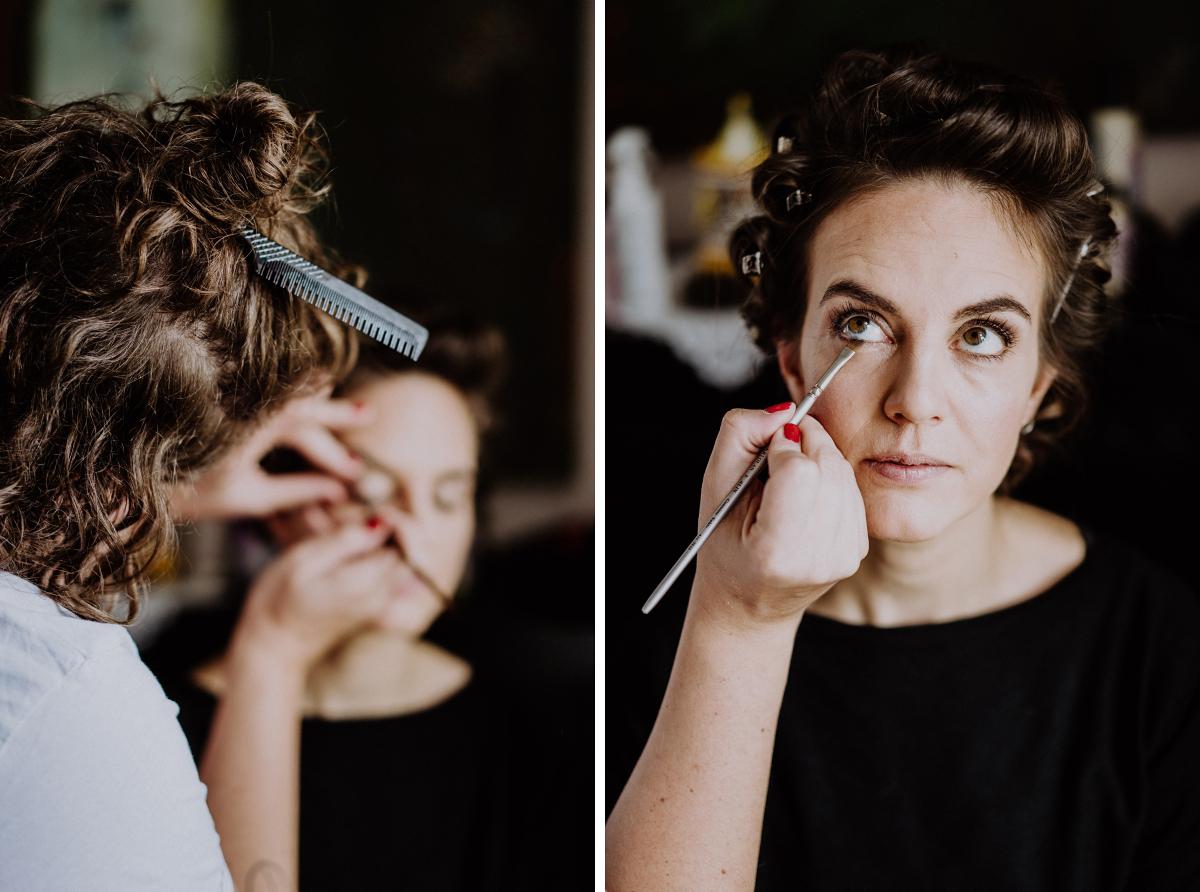 Hochzeitsfotografie Braut Make-up - Boho-Scheunenhochzeit in Brandenburg im Schmetterlingsgarten mit Hochzeitsfotografin aus Berlin © www.hochzeitslicht.de