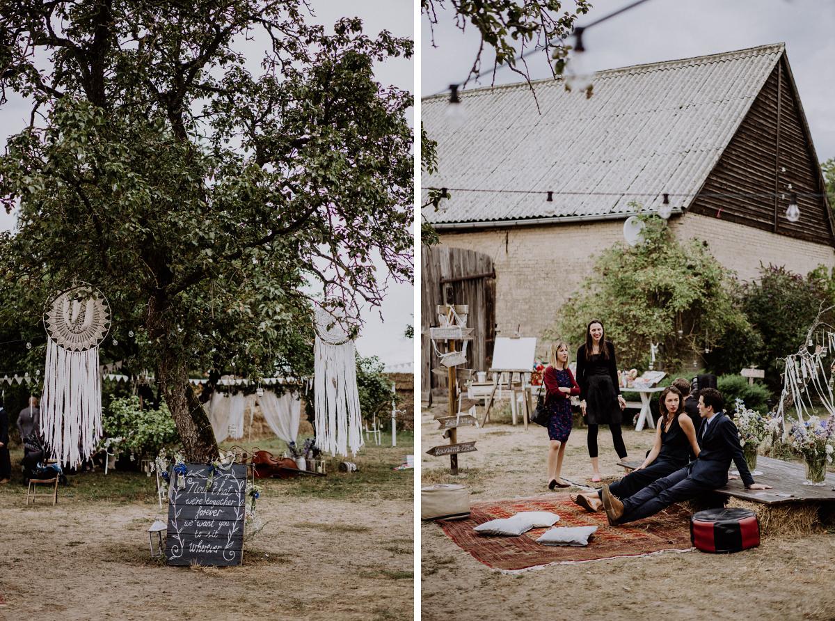 Hochzeitslocation entspannte Scheunenhochzeit Brandenburg - Boho-Scheunenhochzeit in Brandenburg im Schmetterlingsgarten mit Hochzeitsfotografin aus Berlin © www.hochzeitslicht.de