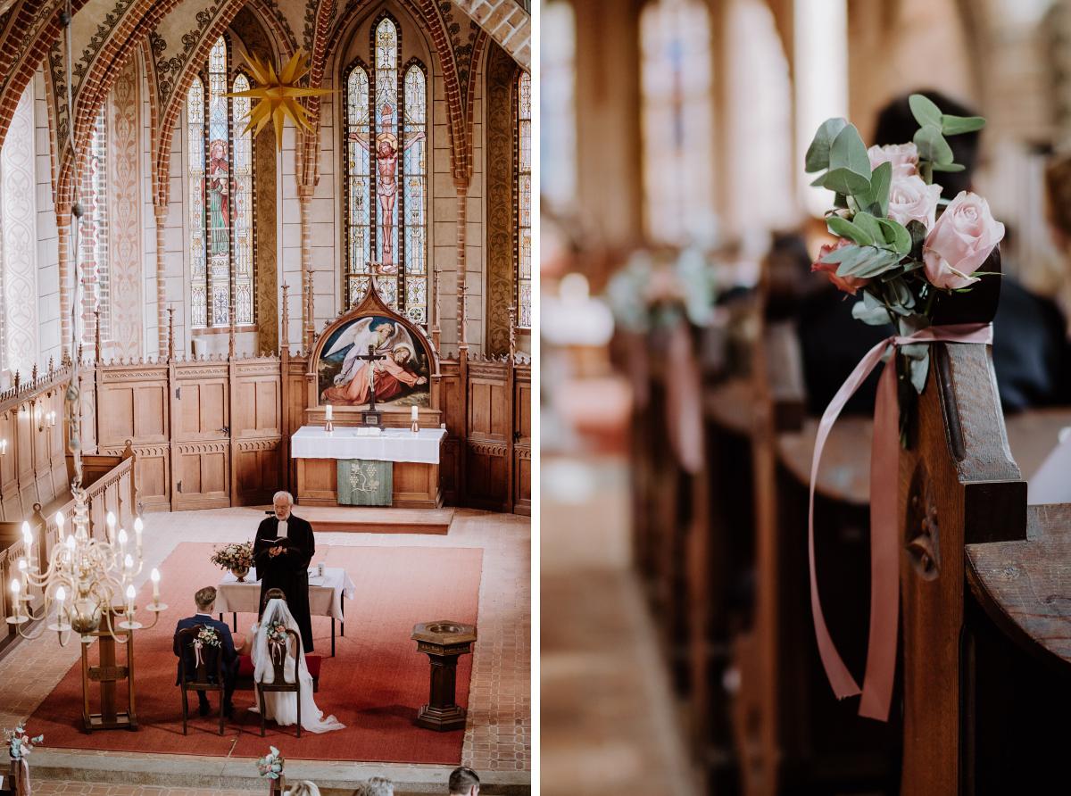 Hochzeitsfotos kirchliche Trauung Klosterkirche Marienfließ - Scheunenhochzeit in Brandenburg im Gutshaus Penzlin Hochzeitsfotograf Berlin © www.hochzeitslicht.de