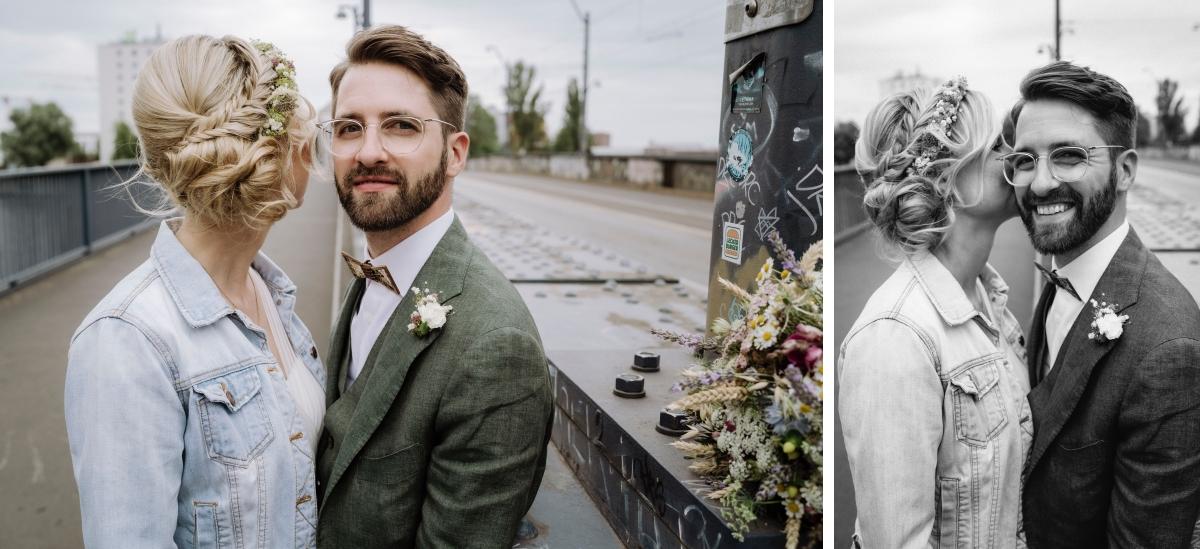 Idee Paarfotoshooting Regenhochzeit Braut Jeansjacke - urbane Hochzeitsfotos im Restaurant Sonnendeck Hochzeitslocation am Wasser Hochzeitsfotograf Berlin © www.hochzeitslicht.de