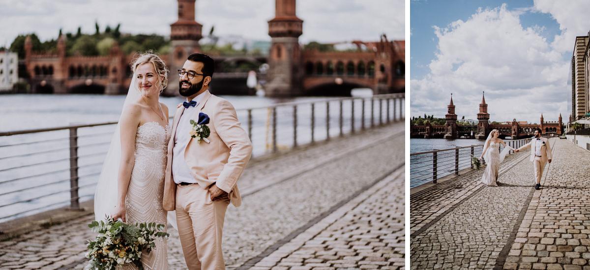 Brautpaarfotos am Wasser Oberbaumbrücke - Persische Boho-Chic Hochzeit in der Malzfabrik Berlin von Hochzeitsfotografin aus Berlin Friedrichshain © www.hochzeitslicht.de #hochzeitslicht