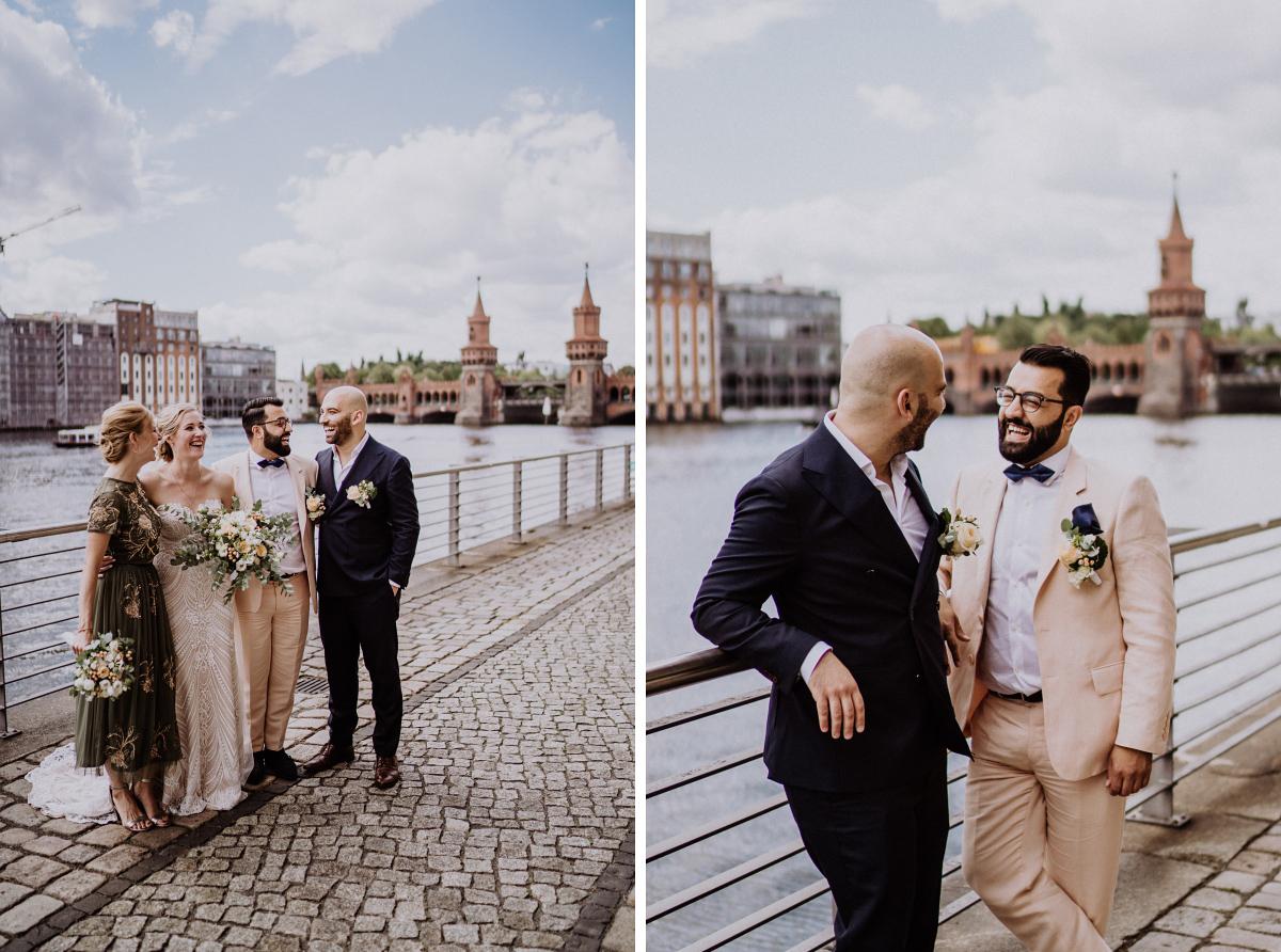 Fotoshooting Hochzeit mit Trauzeugen - Persische Boho-Chic Hochzeit in der Malzfabrik Berlin von Hochzeitsfotografin aus Berlin Friedrichshain © www.hochzeitslicht.de #hochzeitslicht