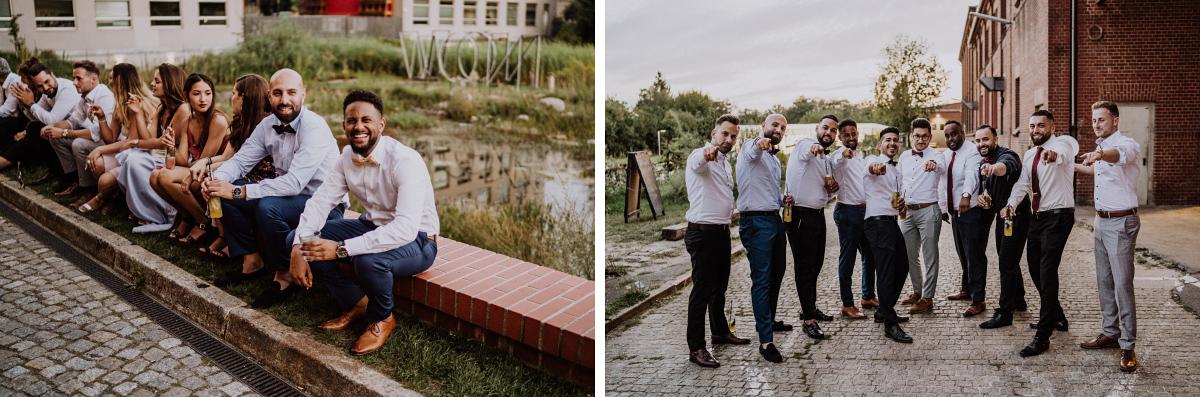 Hochzeitsfoto Gäste internationale Hochzeit - Persische Boho-Chic Hochzeit in der Malzfabrik Berlin von Hochzeitsfotografin aus Berlin Friedrichshain © www.hochzeitslicht.de #hochzeitslicht