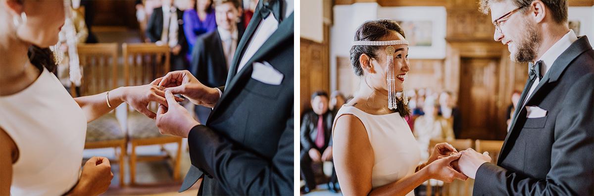Tipp Hochzeitsfotos Ringtausch standesamtliche Hochzeit - Standesamt Berlin Pankow Hochzeitsfotografin auf urbane DIY Gartenhochzeit in Berlin Friedrichshain #hochzeitslicht © www.hochzeitslicht.de