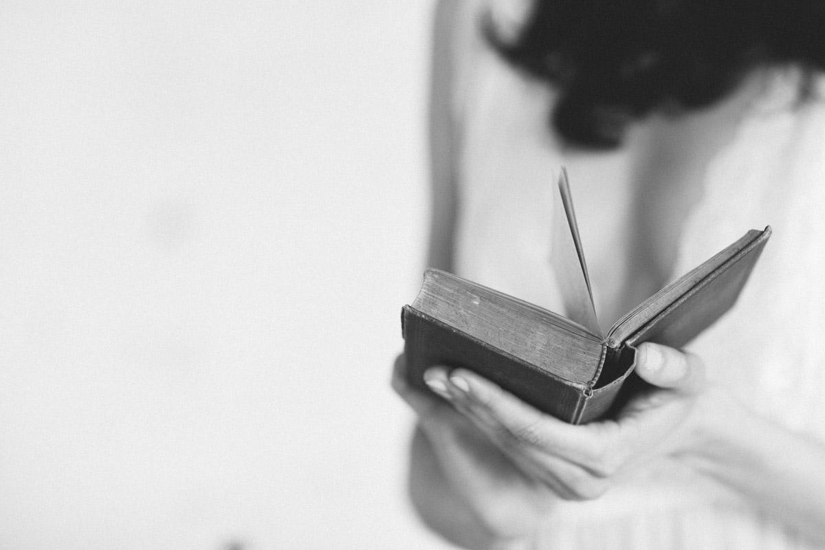 Idee Hochzeitsgeschenk Brief Gedicht zur Hochzeit - Hochzeitsgeschenk oder Gastegeschenke selbst gemacht persönliches DIY Geschenk als Hochzeitsidee schnell und ausgefallen inklusive gratis Anleitung zum Brief zur Hochzeit ideal zur Unterhaltung der Gäste oder Trauzeugin © www.hochzeitslicht.de #hochzeitslicht