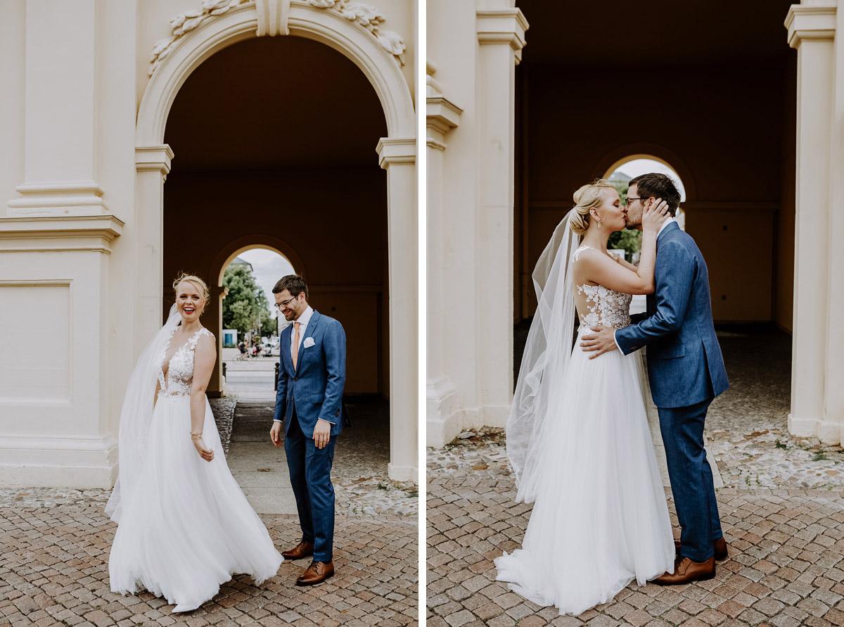 First Look Brautpaar Hochzeit - Hochzeitsfotos tropische Hochzeit in der Biosphäre Potsdam von Hochzeitsfotograf Berlin © www.hochzeitslicht.de #hochzeitslicht