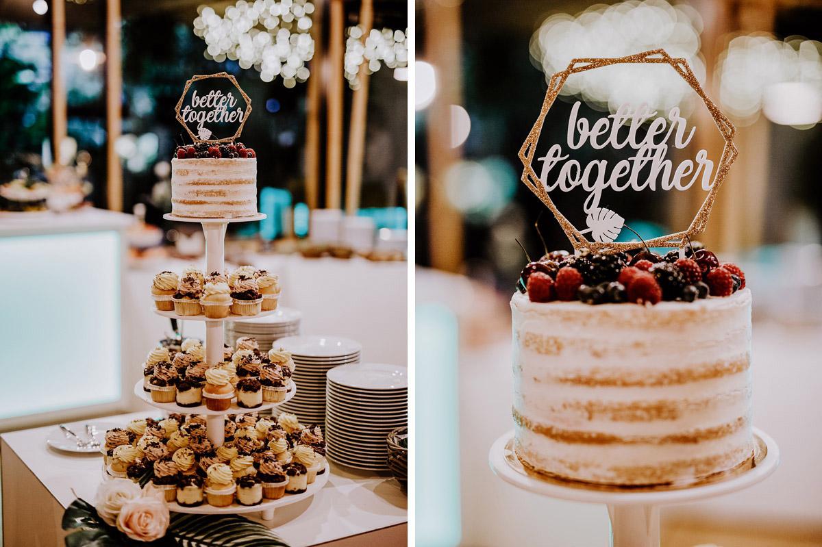 Idee Alternative Hochzeitstorte Cupcakes - Hochzeitsfotos tropische Hochzeit in der Biosphäre Potsdam von Hochzeitsfotograf Berlin © www.hochzeitslicht.de #hochzeitslicht