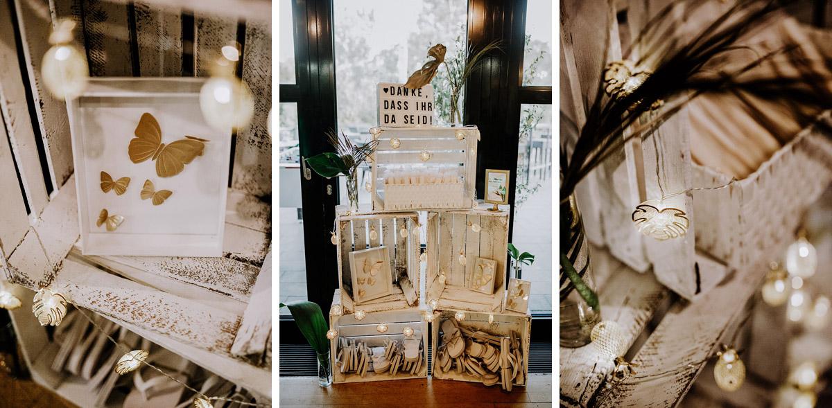 Dekoideen Gastgeschenke Vintagehochzeit Reisethema - Hochzeitsfotos tropische Hochzeit in der Biosphäre Potsdam von Hochzeitsfotograf Berlin © www.hochzeitslicht.de #hochzeitslicht