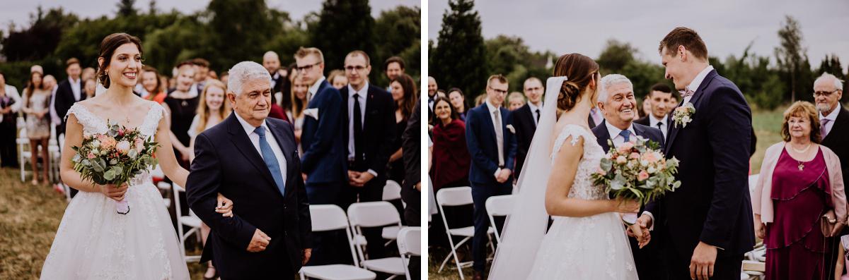 Hochzeitsreportage Landhochzeit Brandenburg - Scheunenhochzeit in Brandenburg - freie Trauung Kulturscheune Thyrow von Hochzeitsfotograf Berlin © www.hochzeitslicht.de #hochzeitslicht