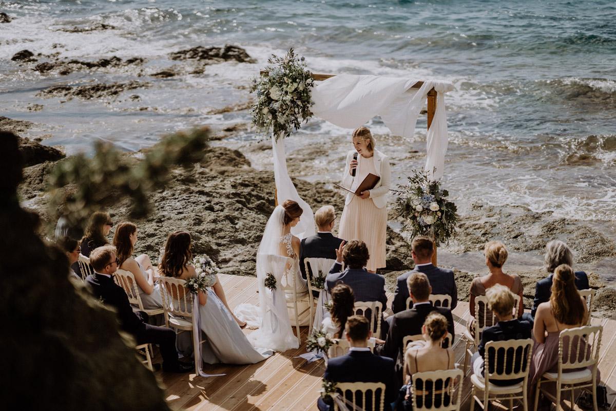 Italien Strandhochzeit mit Hochzeitplanerin aus Berlin freie Trauung #hochzeitslicht Toskana Hochzeitsfotos und Hochzeitsfilm © www.hochzeitslicht.de