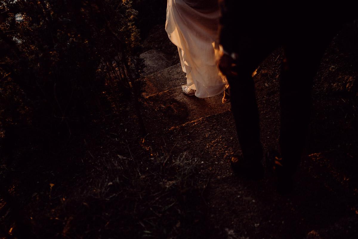 Fotoshooting Hochzeit Sonnenuntergang - Italien Hochzeit mit Hochzeitplanerin aus Berlin #hochzeitslicht Toskana Hochzeitsfotos und Hochzeitsfilm © www.hochzeitslicht.de