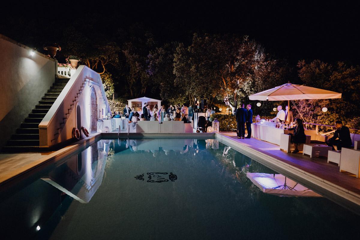 Destination Hochzeit am Pool - Italien Hochzeit mit Hochzeitplanerin aus Berlin #hochzeitslicht Toskana Hochzeitsfotos und Hochzeitsfilm © www.hochzeitslicht.de