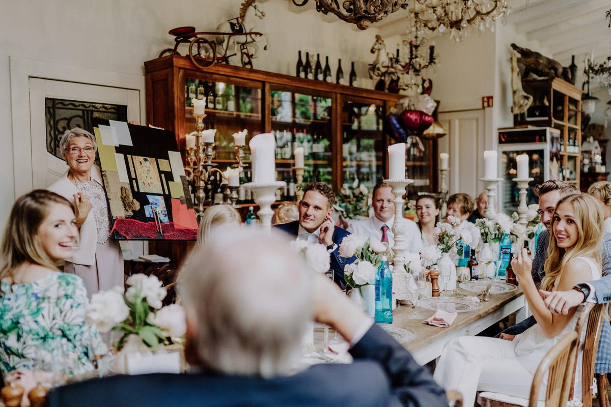 Standesamt Hochzeit Feier Foto Ideen und Tipps Regenhochzeit von Hochzeitsfotografin Berlin © www.hochzeitslicht.de #hochzeitslicht