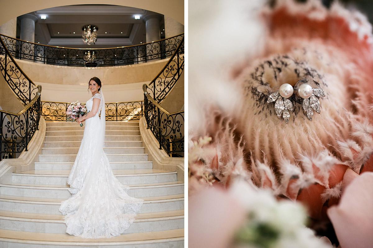 Idee Hochzeitsportrait Braut Treppe - heiraten im Berliner Dom Hochzeit im Clärchens Ballhaus von Hochzeitsfotograf Berlin © www.hochzeitslicht.de #hochzeitslicht