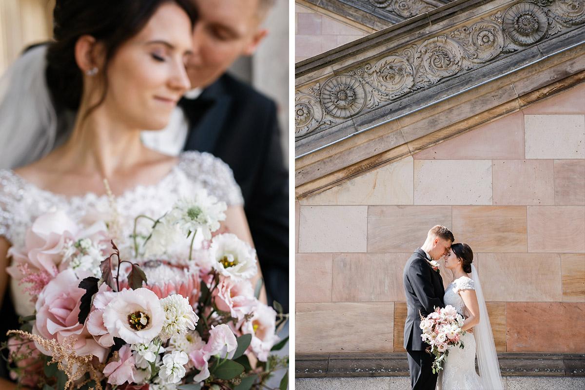 Fotoshooting Brautpaar nach Kirche Berlin Mitte - heiraten im Berliner Dom Hochzeit im Clärchens Ballhaus von Hochzeitsfotograf Berlin © www.hochzeitslicht.de #hochzeitslicht