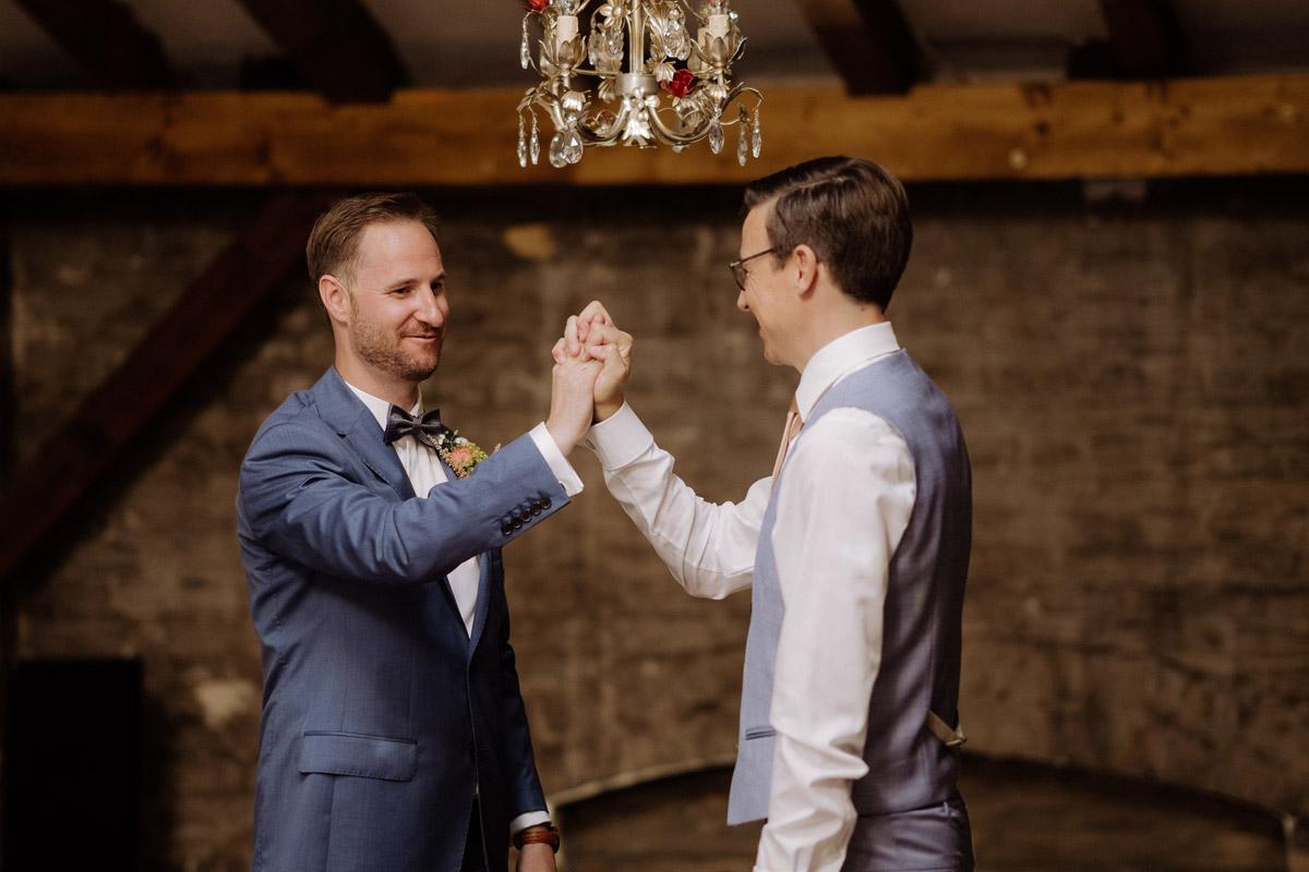 Corona Hochzeit im von Greifswald von Hochzeitsfotograf und Hochzeitsvideograf Berlin © www.hochzeitslicht.de #hochzeitslicht