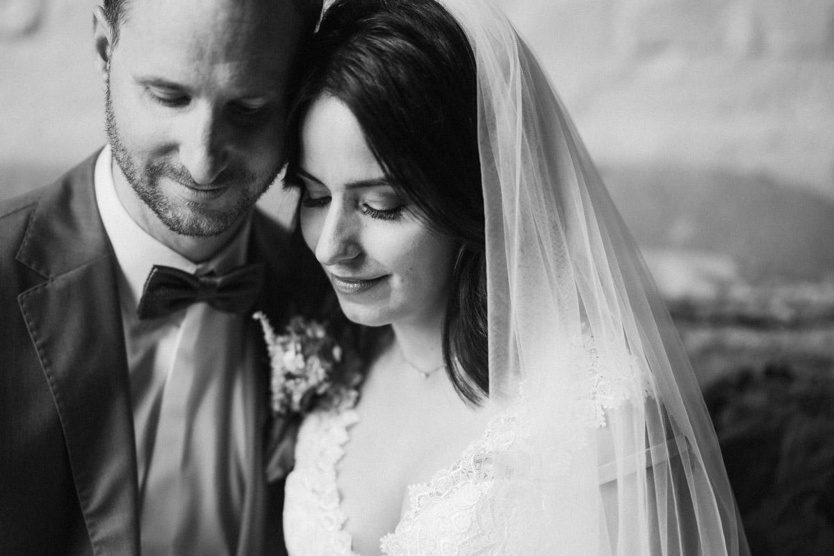 natürliche Hochzeitsfotografie Brautpaar vintage Hochzeit - Corona Hochzeit im von Greifswald von Hochzeitsfotograf und Hochzeitsvideograf Berlin © www.hochzeitslicht.de #hochzeitslicht