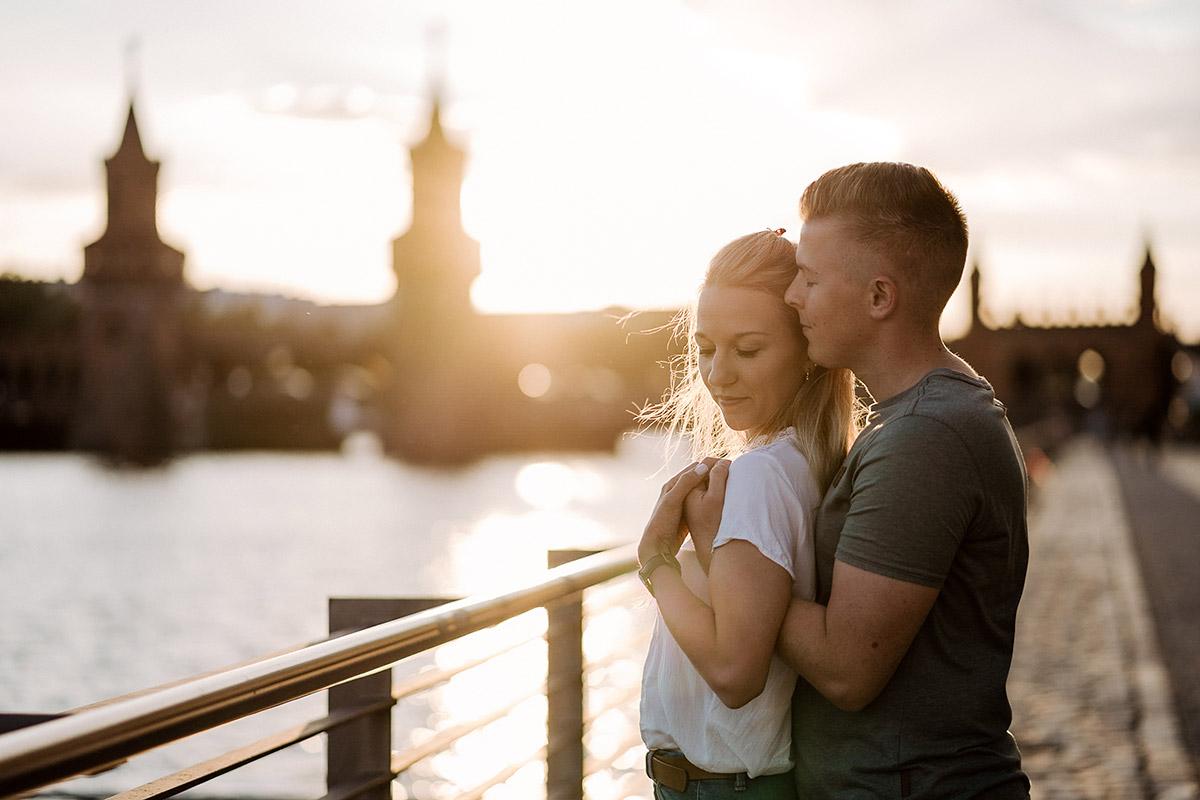 Draußen fotoshooting posen für 12 Tipps