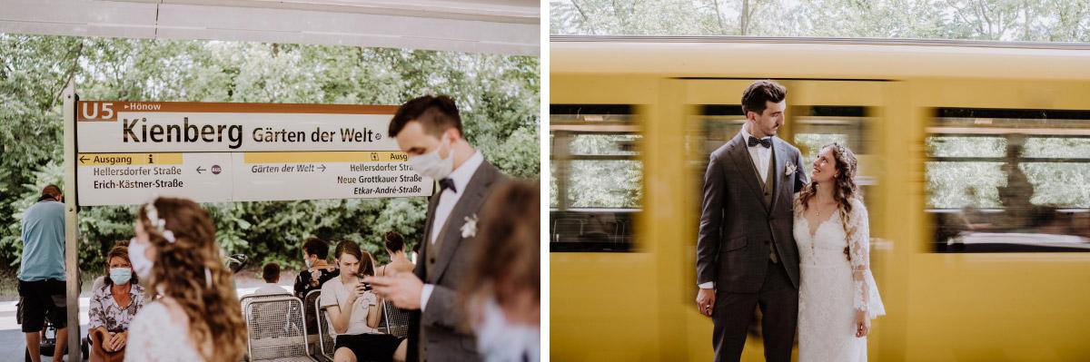 Fotoshooting Brautpaar U-Bahn Berlin - Corona Hochzeit im Standesamt Berlin Gärten der Welt Chinesischer Garten - mehr im Blog von Hochzeitsfotografin Berlin © www.hochzeitslicht.de #hochzeitslicht