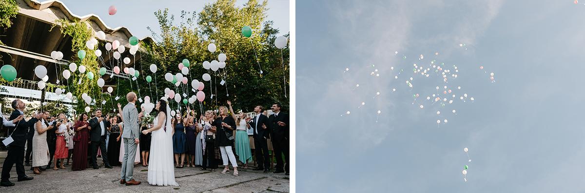 Idee Unterhaltung Gäste Hochzeit Luftballons steigen lassen - Oberhafenkantine Berlin Hochzeit am Wasser, urbane Garten DIY-Hochzeit von Hochzeitsfotograf Berlin © www.hochzeitslicht.de #hochzeitslicht