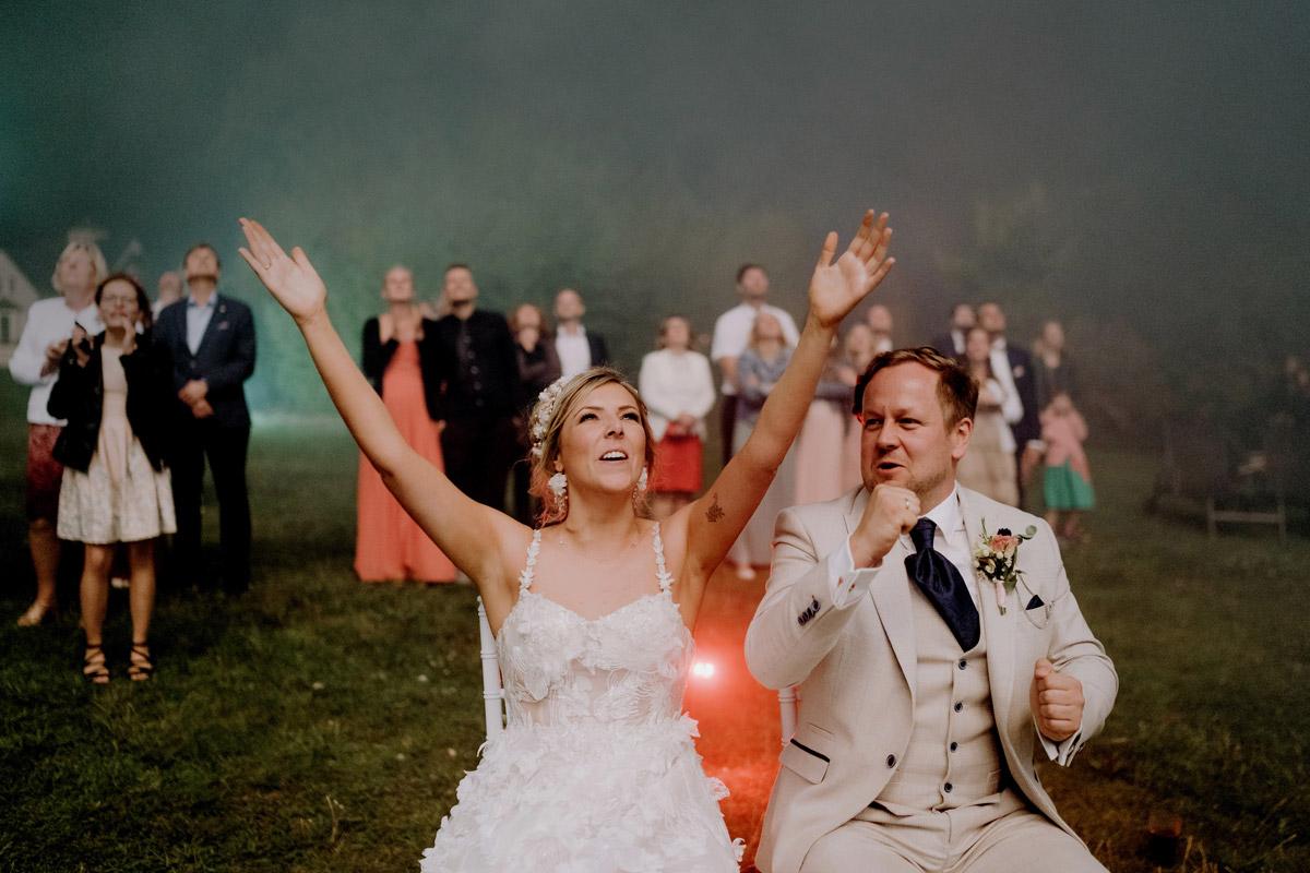 Idee Unterhaltung Gäste Feuerwerk zur Hochzeit - Resort Schwielowsee Hochzeit mit freier Trauung von Hochzeitsfotograf Potsdam © www.hochzeitslicht.de #hochzeitslicht