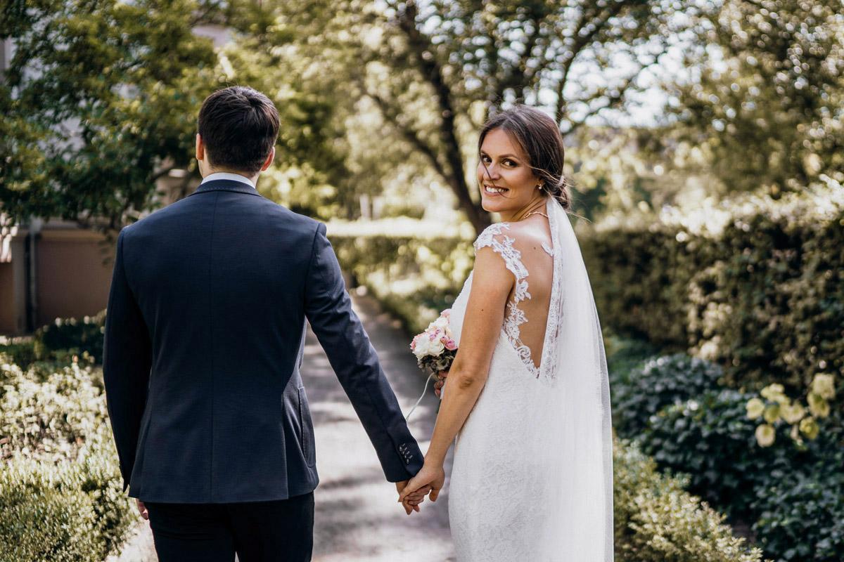 natürliche Hochzeitsfotos - Villa Kogge Standesamt Schmargendorf Hochzeit von Hochzeitsfotograf Berlin © www.hochzeitslicht.de #hochzeitslicht