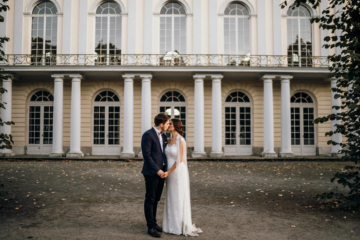 Fotoshooting Hochzeit Schloss Charlottenburg - Villa Kogge Standesamt Schmargendorf Hochzeit von Hochzeitsfotograf Berlin © www.hochzeitslicht.de #hochzeitslicht